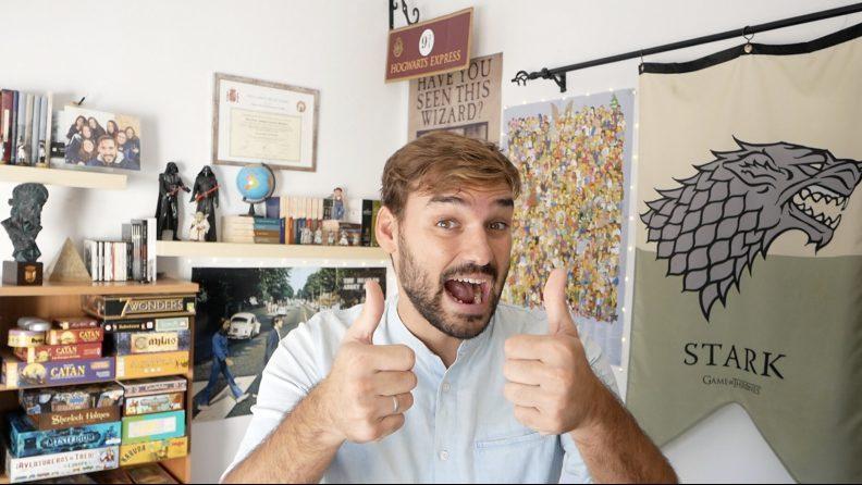 Edutuber José Antonio Lucero sonriendo