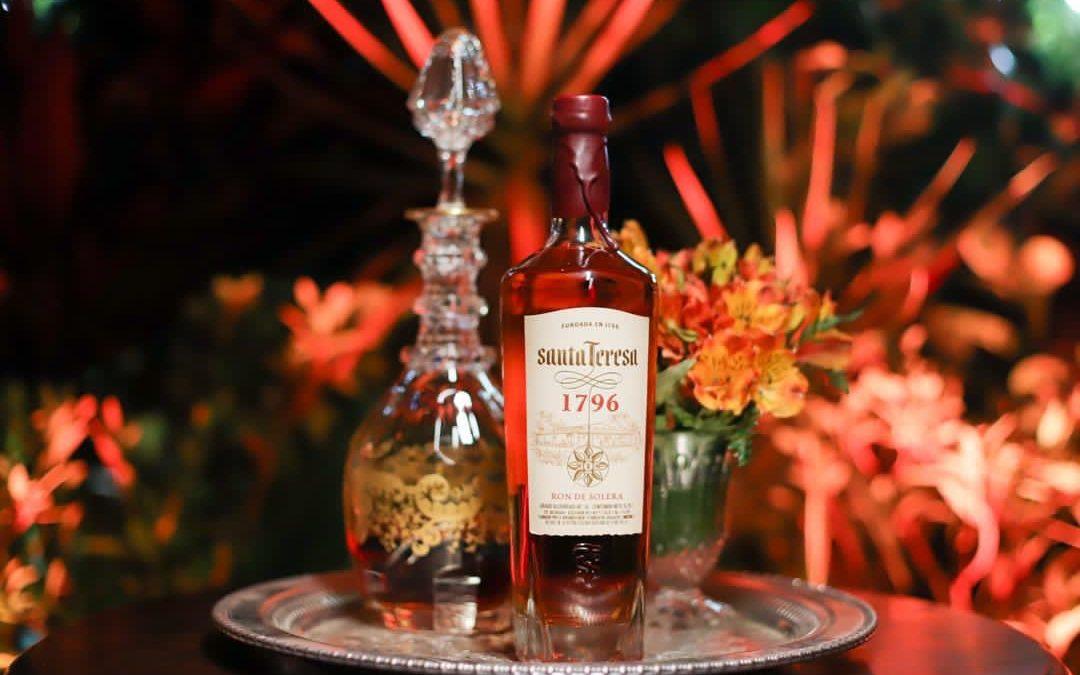 imagen de ron santa teresa botellas hong kong
