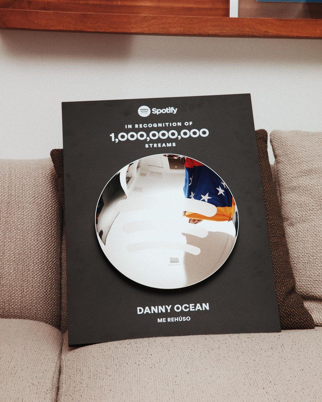 """1 billón de reproducciones en Spotify, Danny Ocean Lo logró con """"Me Rehúso!"""