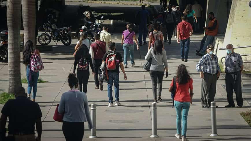 10-dias-de-flexibilizacion-carnavales-2021-venezuela (1)