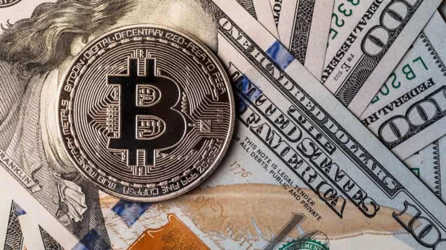 El dólar pierde la batalla frente al bitcoin