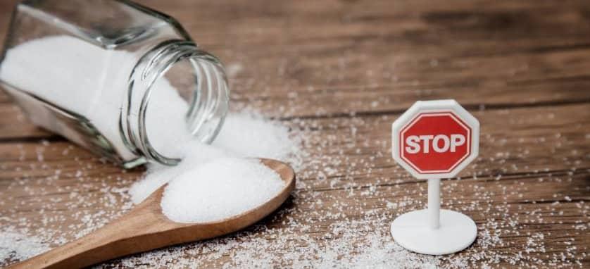 eliminar-azucar-de-la-dieta-disminuir-el-consumo-de-azucar-favorece-el-equilibrio-de-la-candida